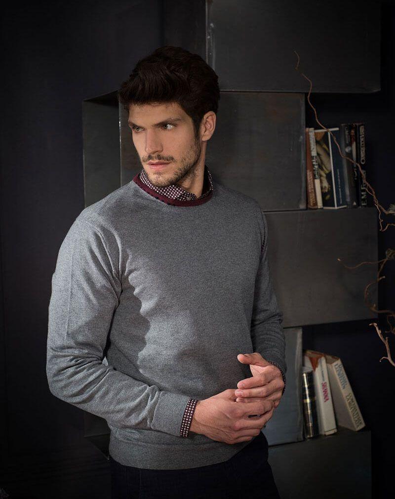rivenditore di vendita d5d26 dc3c8 Cosa mettere sotto il maglione uomo: guida agli abbinamenti ...