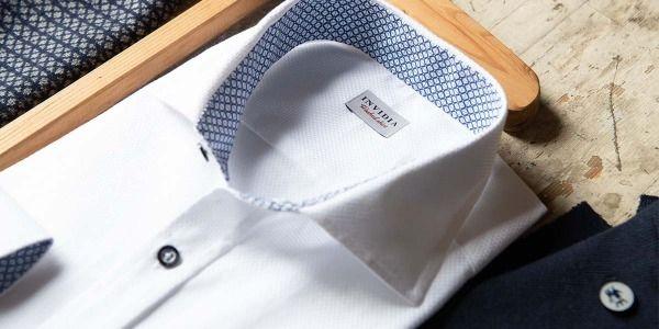 Come stendere le camicie: la guida definitiva per chi non ama stirare